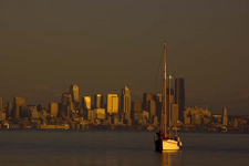 s/v Yare w/ Seattle skyline