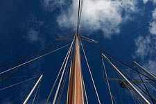 Raft-up Masts